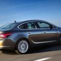 Opel Astra Sedan - Foto 2 din 3