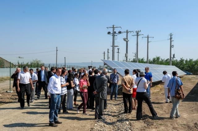 Cum arata parcul fotovoltaic dezvoltat in Vrancea cu know-how danez si portughez (Galerie Foto) - Foto 6 din 28