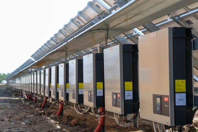 Cum arata parcul fotovoltaic dezvoltat in Vrancea cu know-how danez si portughez (Galerie Foto) - Foto 9 din 28
