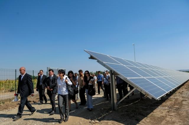 Cum arata parcul fotovoltaic dezvoltat in Vrancea cu know-how danez si portughez (Galerie Foto) - Foto 14 din 28
