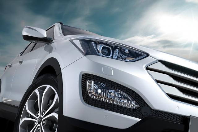 Hyundai a lansat noul SUV Santa Fe - Foto 5 din 9