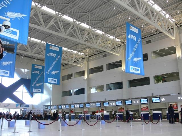 Cum arata noul terminal de plecari al Aeroportului Otopeni - Foto 26 din 37