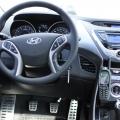 Hyundai Elantra - Foto 7 din 11