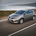 Toyota Auris - Foto 2 din 4