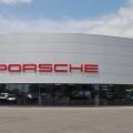 Cum arata birourile Porsche, Bentley, Lamborghini si Audi - Foto 1 din 51