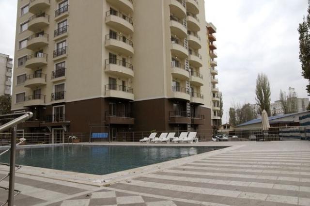 Turcii de la Pelican Com au finalizat Atlantis Residence. Jumatate din apartamente sunt nevandute - Foto 1 din 5