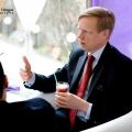 Steven van Groningen, bancherul ce a facut cunostinta cu Romania in anii salbatici de dupa Revolutie - Foto 8 din 13