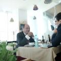 La pranz cu Ionut Dumitru: profesorul universitar si economistul sef care taxeaza statul pentru oric - Foto 4 din 9