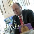 La pranz cu Ionut Dumitru: profesorul universitar si economistul sef care taxeaza statul pentru oric - Foto 5 din 9
