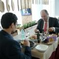 La pranz cu Ionut Dumitru: profesorul universitar si economistul sef care taxeaza statul pentru oric - Foto 7 din 9