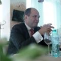 La pranz cu Ionut Dumitru: profesorul universitar si economistul sef care taxeaza statul pentru oric - Foto 9 din 9