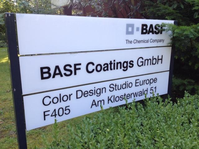 BASF: Culorile concept ajung pe masini dupa 3-5 ani - Foto 1 din 29