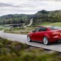 Jaguar XE - Foto 3 din 12