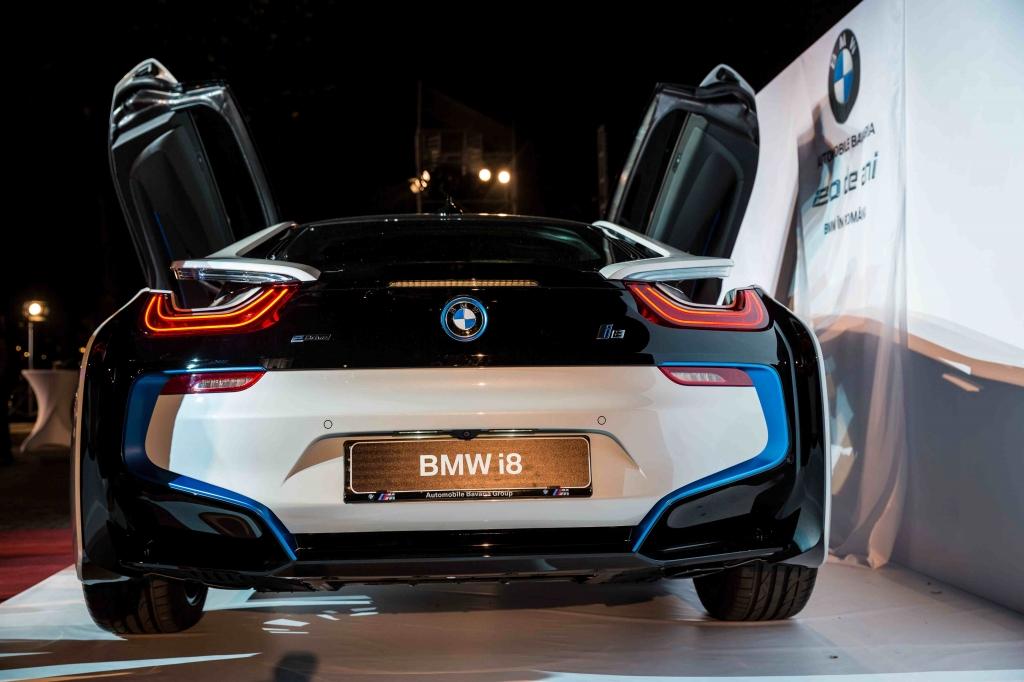 Automobile Bavaria a prezentat in avanpremiera pentru Romania modelul BMW i8 - Foto 2 din 8