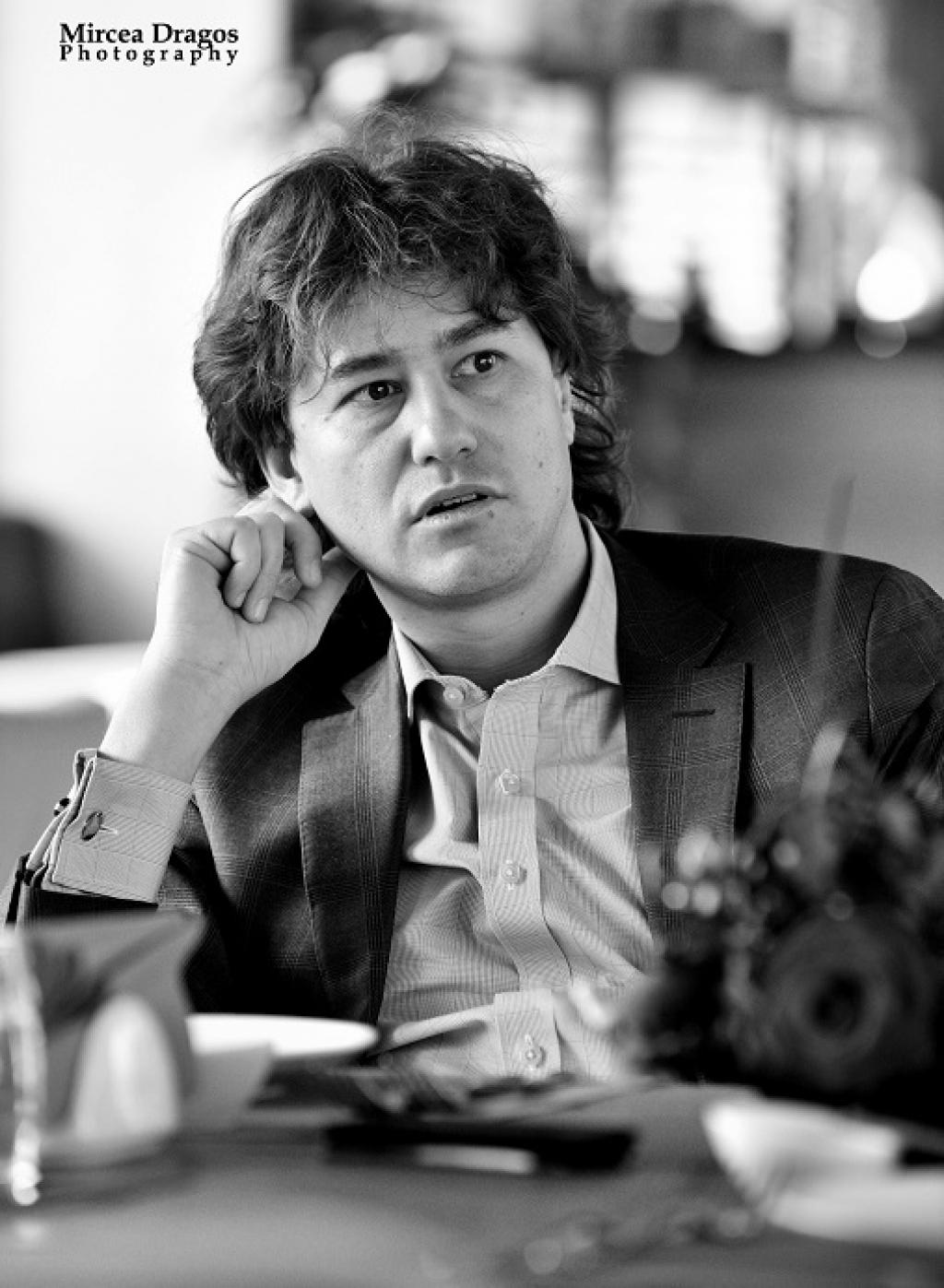 Lunch cu Stefan Nanu, seful Trezoreriei romane: drumul din tribunele Giulestiului, la masa directorilor Bancii Mondiale - Foto 1 din 10