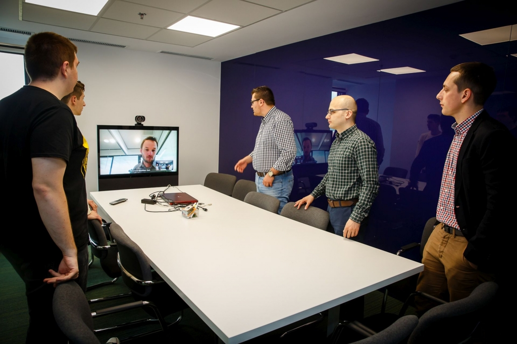 Un birou care inspira: cum lucreaza angajatii Yonder din Iasi - Foto 10 din 22