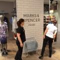 Marks Spencer magazin - Foto 18 din 33