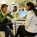 Cum arata o farmacie de mall: Multe cosmetice si mai putine medicamente - Foto 5 din 8