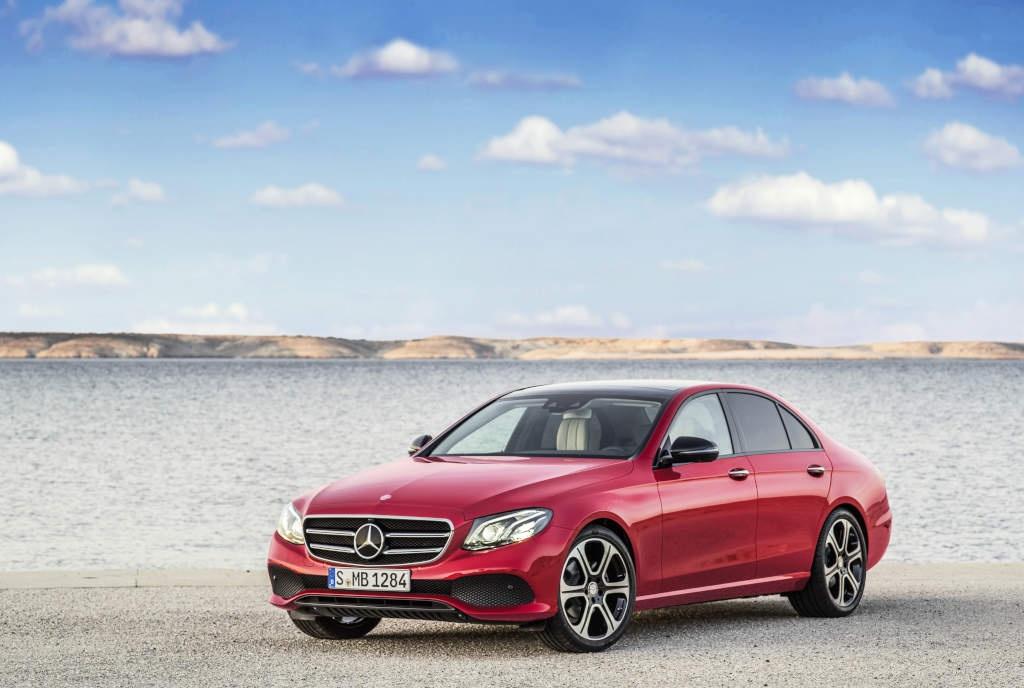 Noua generatie Mercedes-Benz Clasa E va fi disponibila din aprilie in Romania - Foto 1 din 7