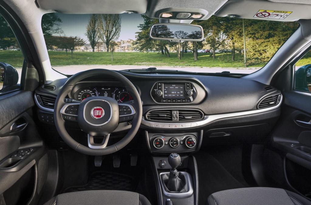 Fiat lanseaza in Romania sedanul Tipo - Foto 6 din 11