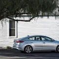 Hyundai Elantra - Foto 1 din 5