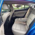 Hyundai Elantra - Foto 12 din 22