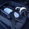 BMW 330e plug-in hybrid - Foto 8 din 18
