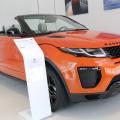 Tiriac da un nou look showroom-urilor Jaguar Land Rover: investitii de 3 MIL. euro - Foto 5