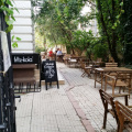 Review George Butunoiu: Un loc umbros pentru hipsteri linistiti - Foto 15 din 16