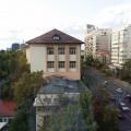 Review George Butunoiu: Cand poti sa te uiti de sus la oamenii bogati si la casele lor - Foto 7 din 15