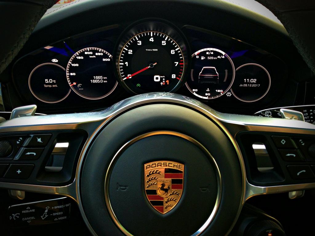 Porsche Cayenne S 440 CP: Un SUV cu senzatii de coupe - test drive - Foto 1 din 19