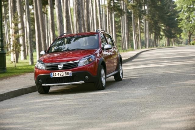 Dacia lanseaza Stepway in Romania - Foto 1 din 6