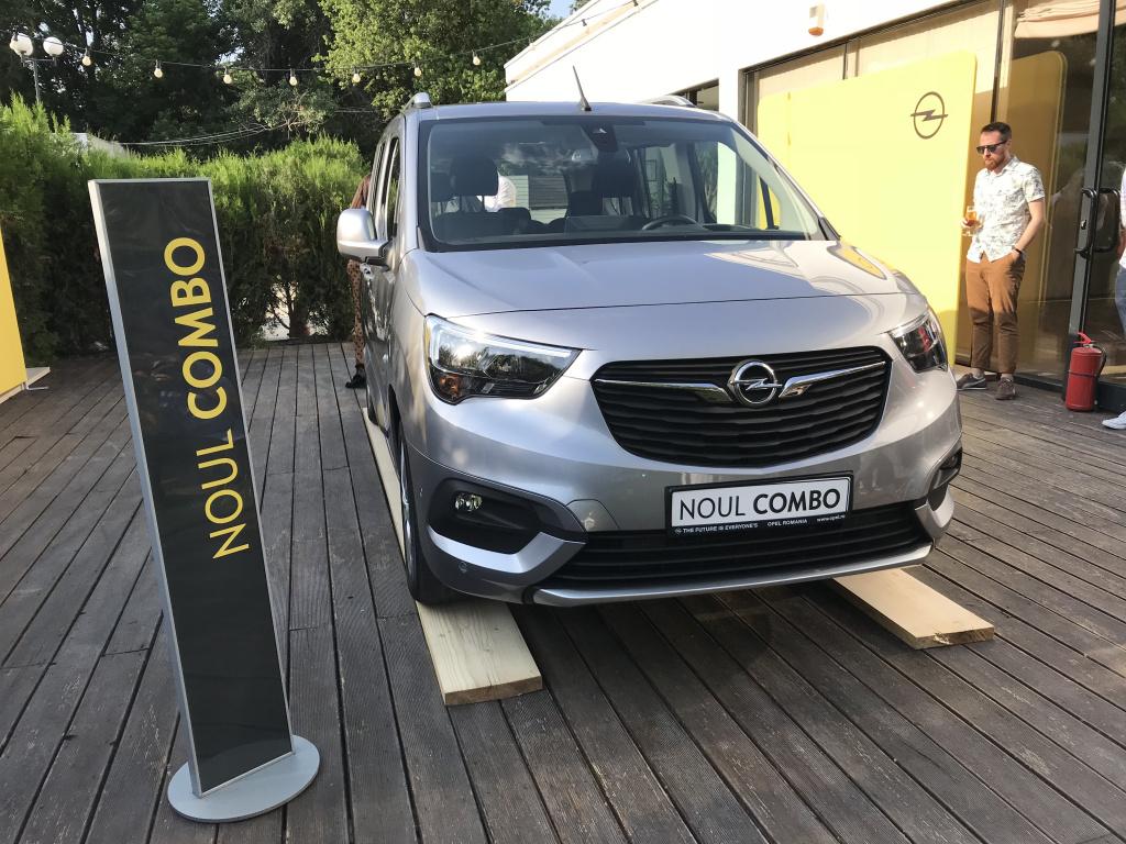 Opel a prezentat noul Combo Life in Romania. Primele exemplare sosesc la dealeri in toamna - Foto 1 din 9