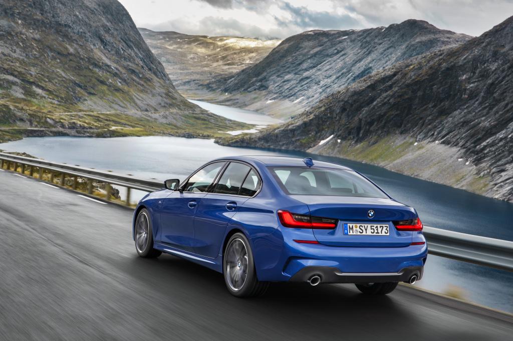 Noul BMW Seria 3 G20, primele poze cu a saptea generatie a sedanului sport - Foto 1 din 13