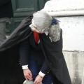 Italia, in straie de sarbatoare: Vezi cum arata Carnavalul de la Venetia in 2010 - Foto 5 din 36