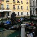 Italia, in straie de sarbatoare: Vezi cum arata Carnavalul de la Venetia in 2010 - Foto 20 din 36