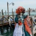 Italia, in straie de sarbatoare: Vezi cum arata Carnavalul de la Venetia in 2010 - Foto 34 din 36