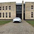 In vizita la fabricile Aston Martin din Anglia unde sunt produse noile modele si restaurate cele vechi - Foto 1