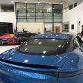 In vizita la fabricile Aston Martin din Anglia unde sunt produse noile modele si restaurate cele vechi - Foto 9