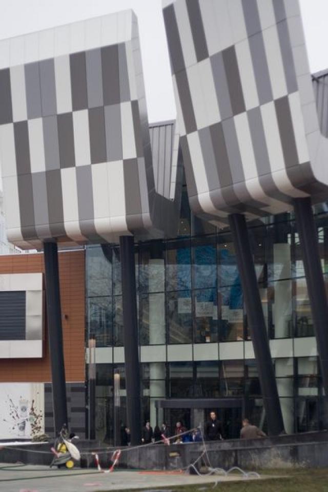 Vezi cum arata cel mai mare mall din tara inainte de deschidere - Foto 1 din 28