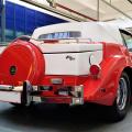 Inca o masina rara a fost inmatriculata in Romania. Apartine unei doamne - Foto 3