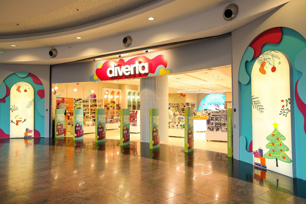 FOTO Cum arata noul concept Diverta din Baneasa Shopping City. Investitie de 200.000 de euro in rebranding - Foto 7 din 16
