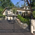 Cum arata casa romanilor din Clyde Hill - Foto 7 din 13