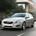 Volvo V60 sports wagon - Foto 1 din 12