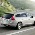 Volvo V60 sports wagon - Foto 2 din 12