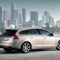 Volvo V60 sports wagon - Foto 3 din 12