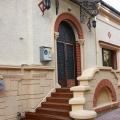 Cum vrea un restaurant nascut pe vreme de criza sa ia clienti de la Caru� cu Bere sau Taverna Sarbul - Foto 1 din 13