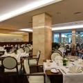 Hotel Crowne Plaza dipa renovare - Foto 2 din 5