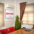 Un sediu ca o casa de vacanta - Foto 3 din 18