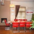 Un sediu ca o casa de vacanta - Foto 5 din 18